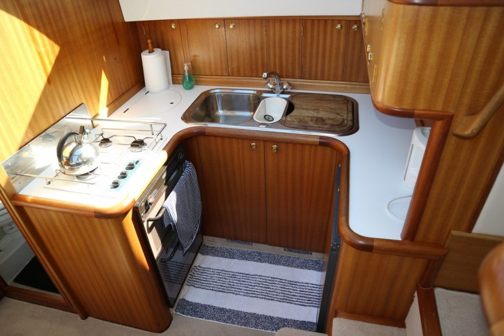 Broom 38 For Sale Image 18