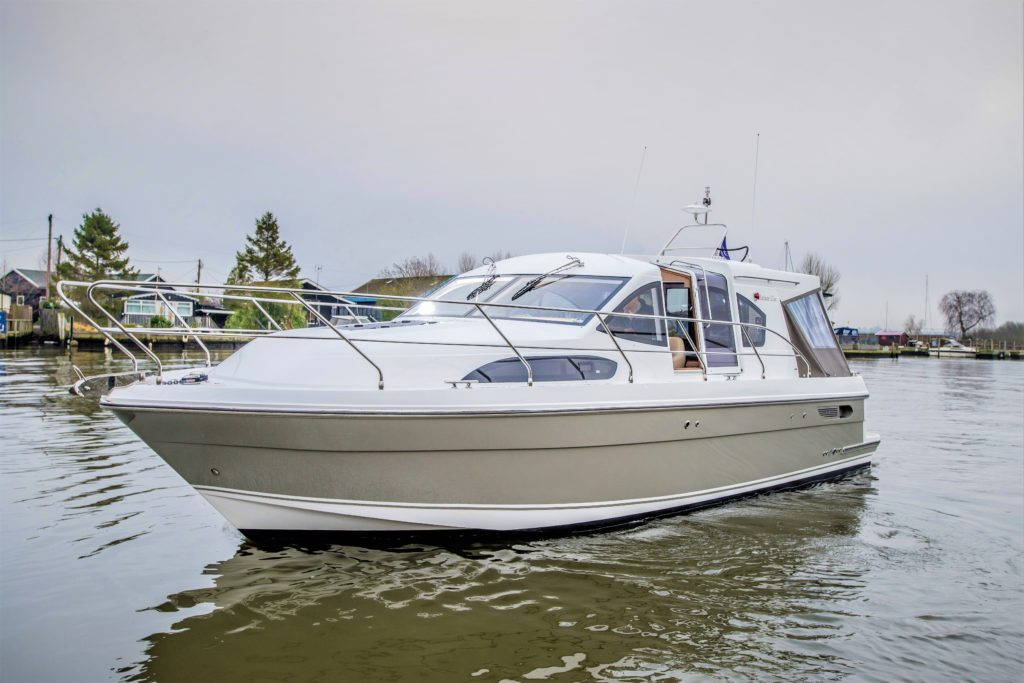 New Haines 32 Offshore For Sale Image 1