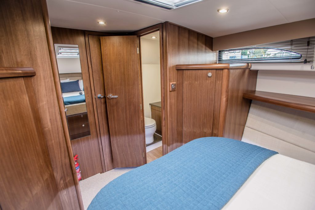 New Haines 32 Offshore For Sale Image 17