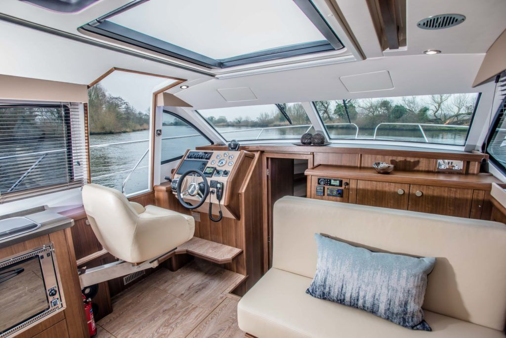 New Haines 32 Offshore For Sale Image 19