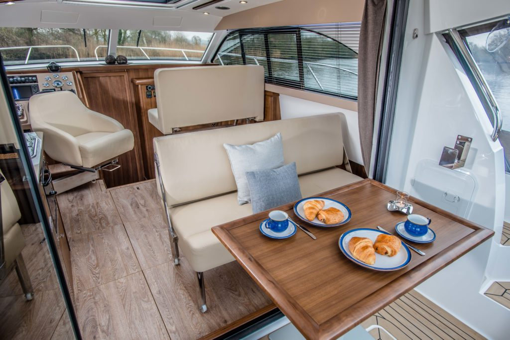 New Haines 32 Offshore For Sale Image 23