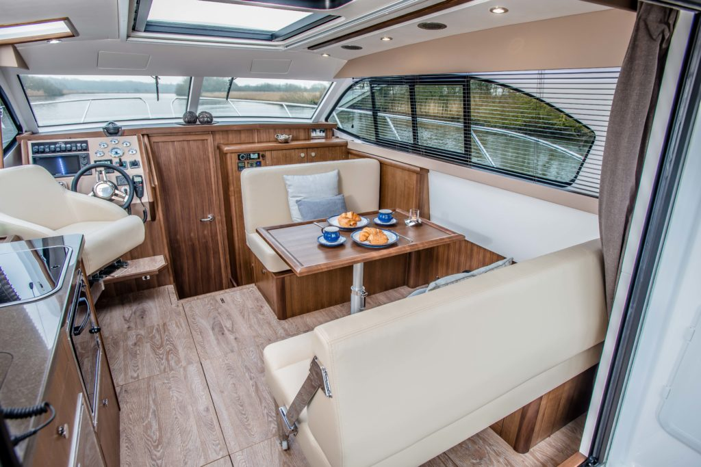 New Haines 32 Offshore For Sale Image 24