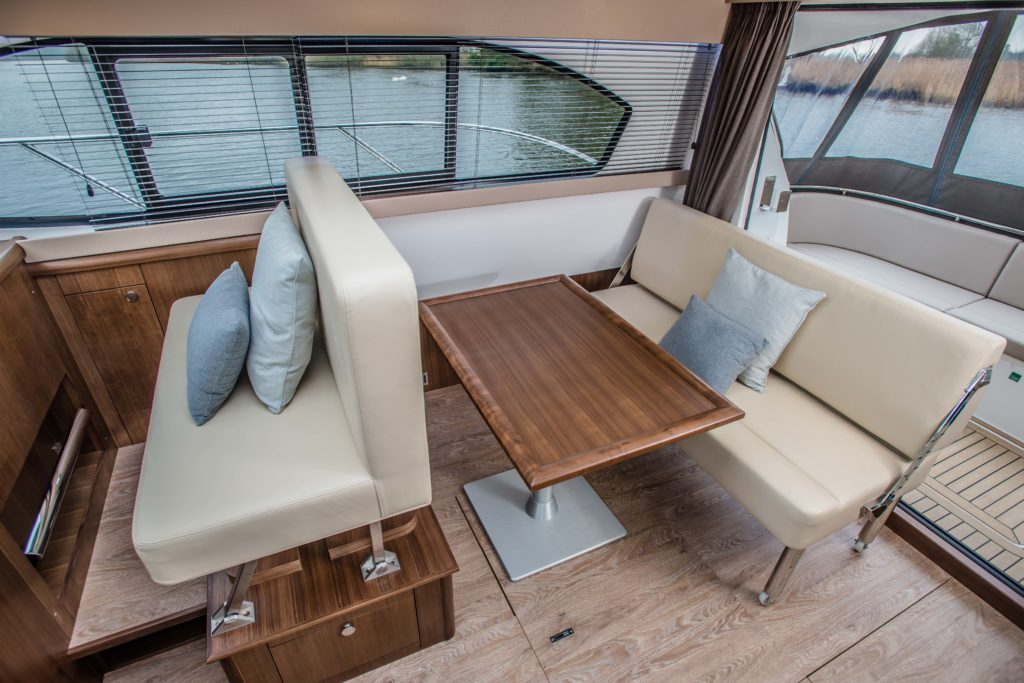 New Haines 32 Offshore For Sale Image 27