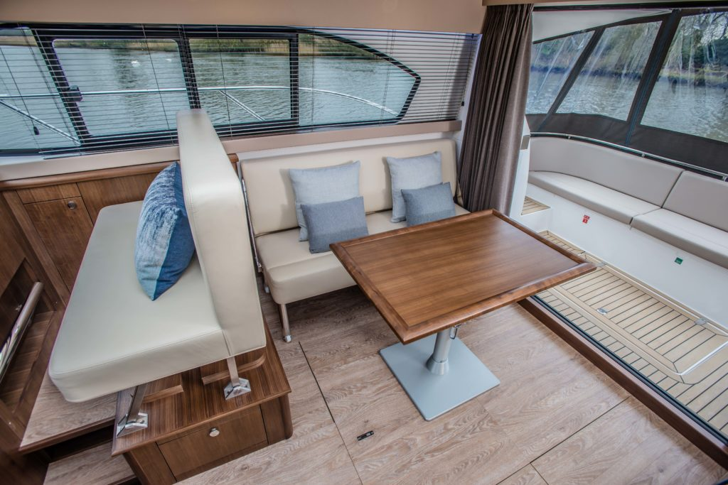 New Haines 32 Offshore For Sale Image 28