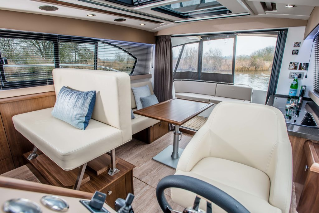 New Haines 32 Offshore For Sale Image 30