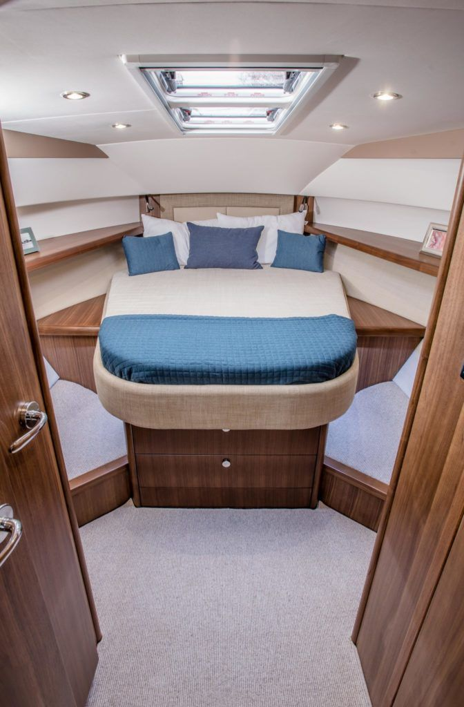 New Haines 32 Offshore For Sale Image 12