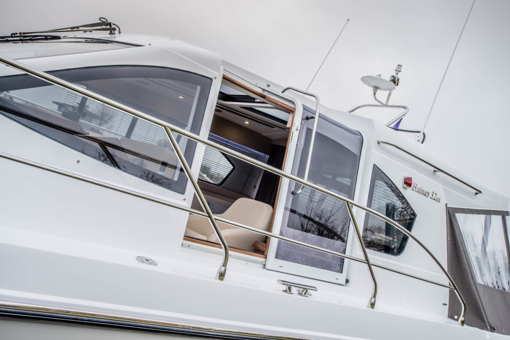 New Haines 32 Offshore For Sale Image 35