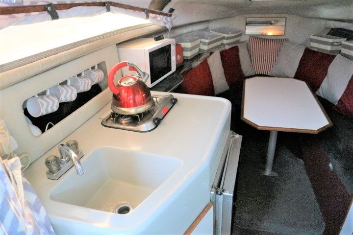 Sea Ray 220 Da For Sale Norfolk Yacht Agency Nyh58854