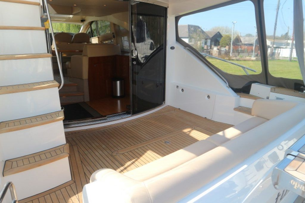 Sealine T50 For Sale Image 19