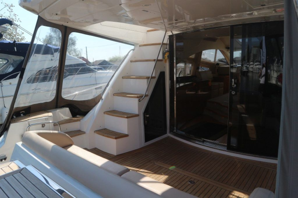 Sealine T50 For Sale Image 20