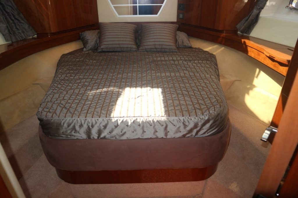 Sealine T50 For Sale Image 7