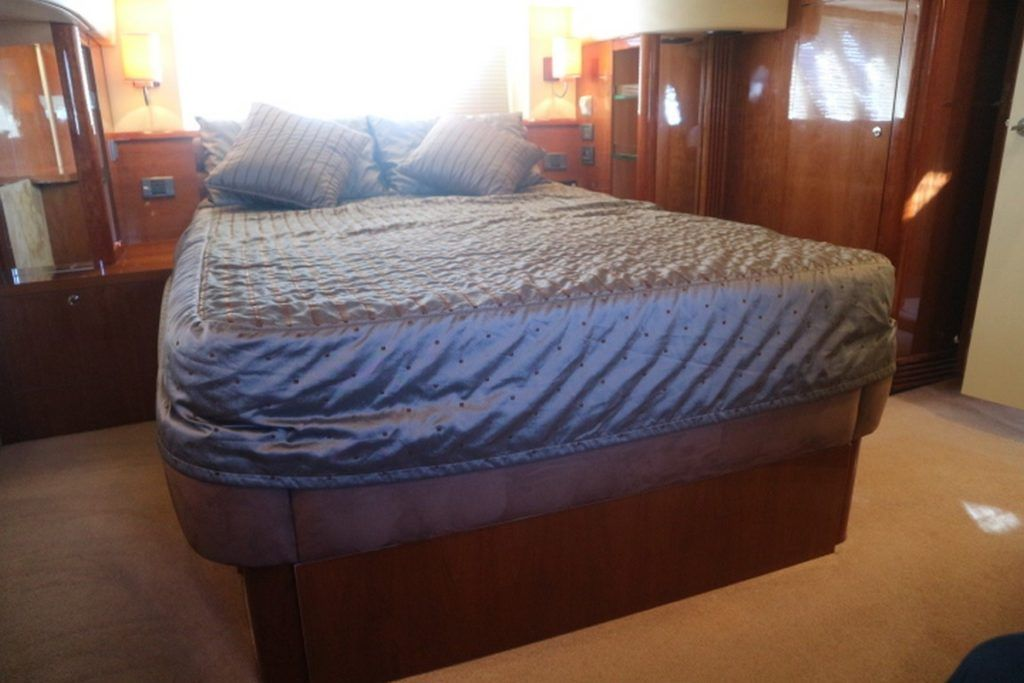 Sealine T50 For Sale Image 12