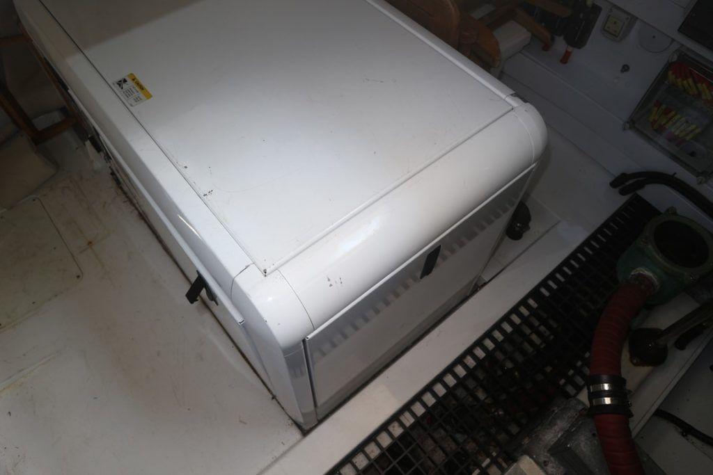 Sealine T50 For Sale Image 37