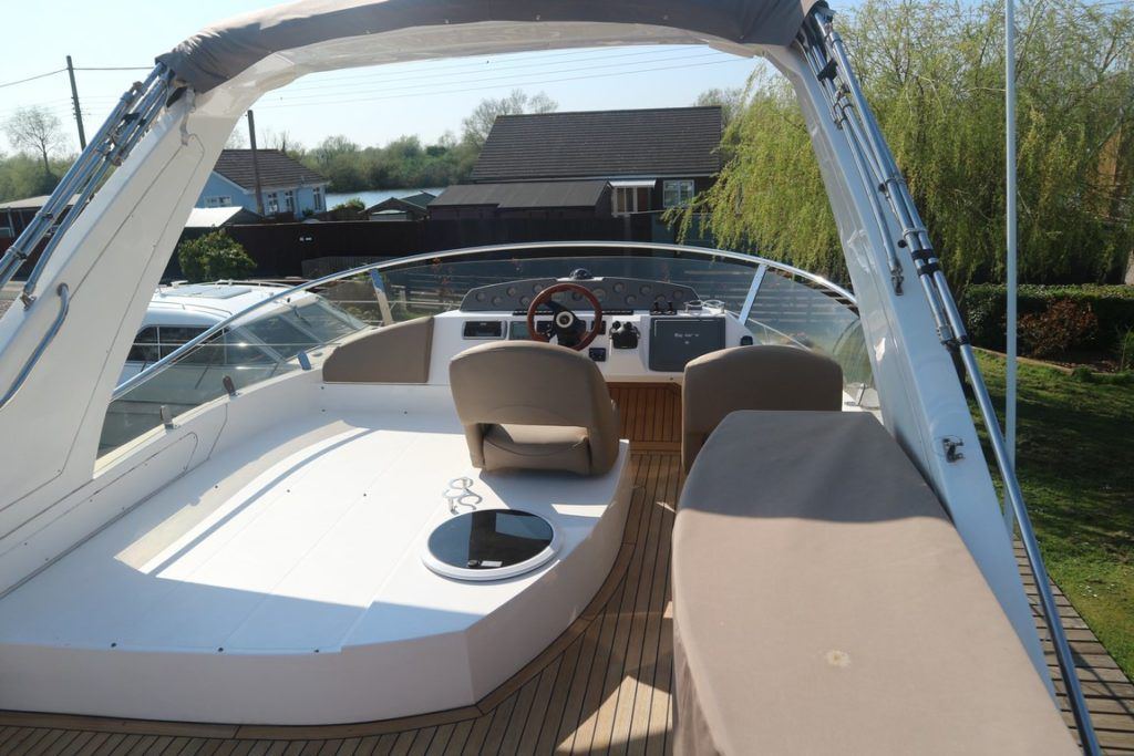 Sealine T50 For Sale Image 34
