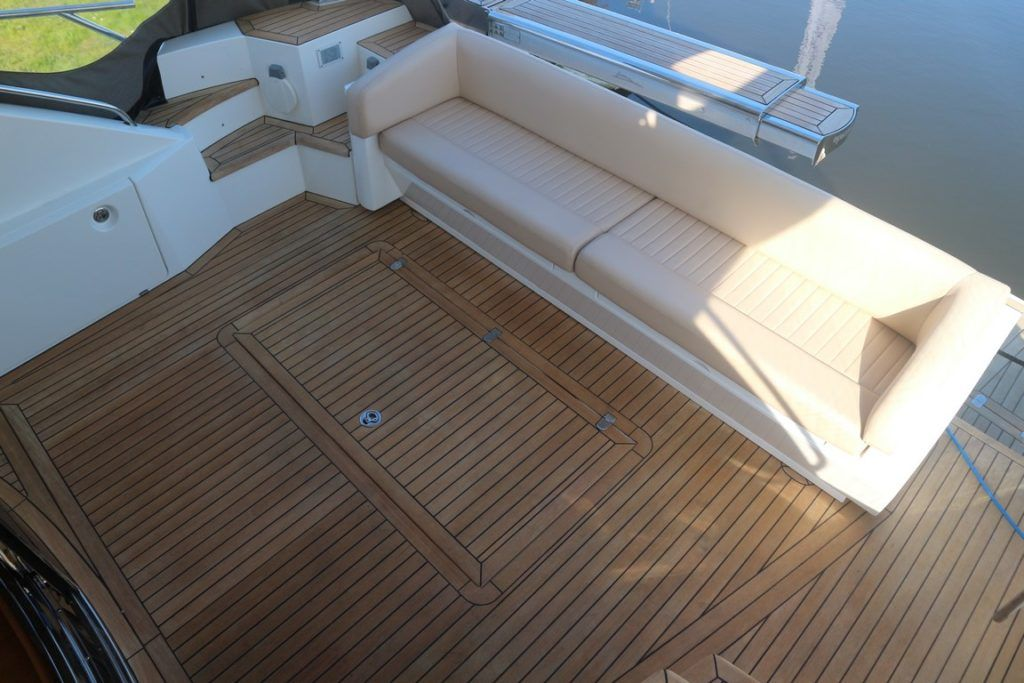 Sealine T50 For Sale Image 4
