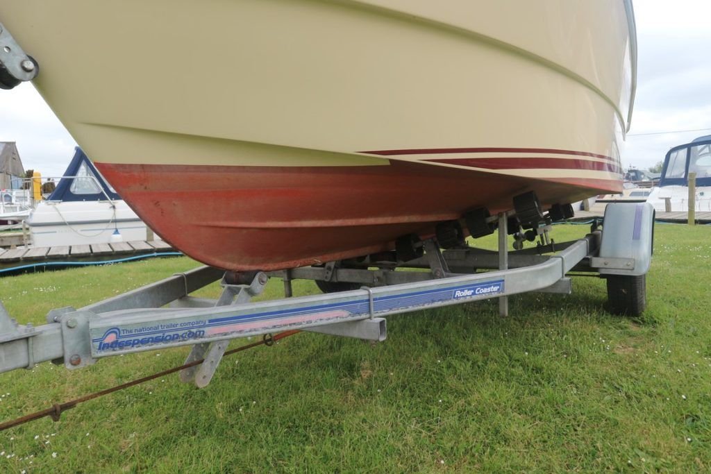 Quicksilver 460 For Sale Image 13