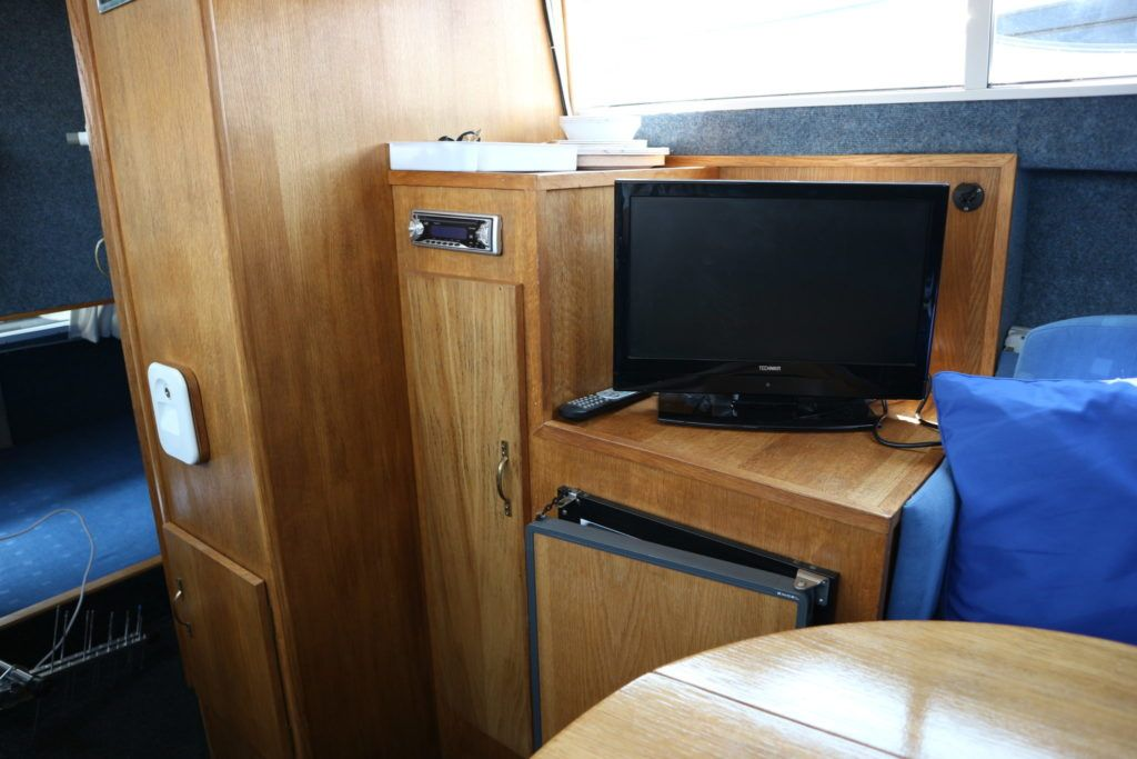 Viking 22 Wide Beam For Sale Image 14