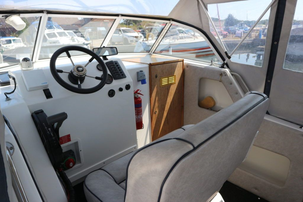 Viking 22 Wide Beam For Sale Image 10