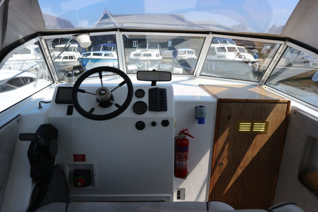 Viking 22 Wide Beam For Sale Image 11