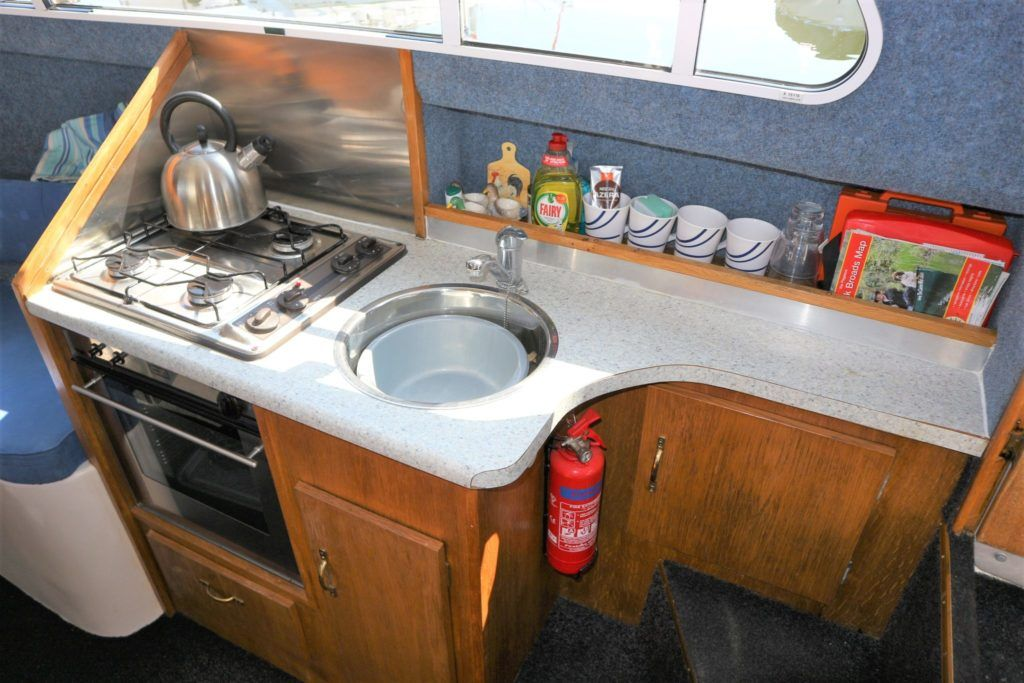 Viking 22 Wide Beam For Sale Image 6