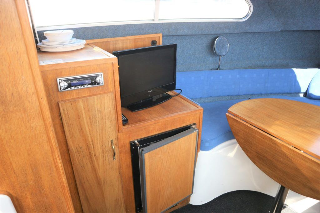 Viking 22 Wide Beam For Sale Image 4