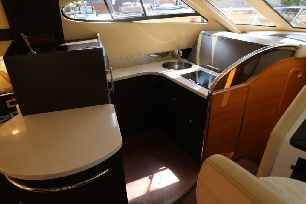 Cranchi Atlantique 50 For Sale Image 4