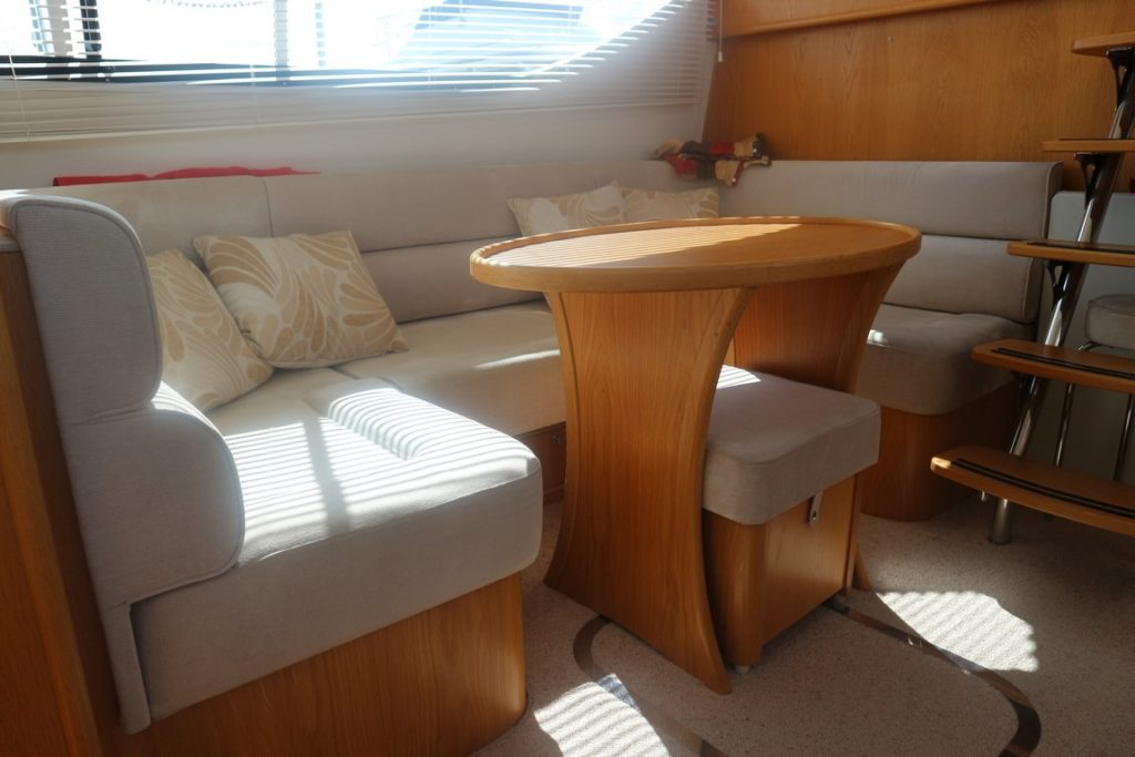 Haines 320 For Sale Image 10