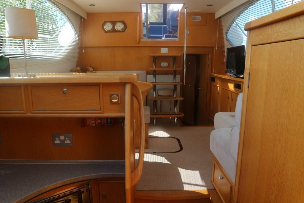 Haines 320 For Sale Image 15