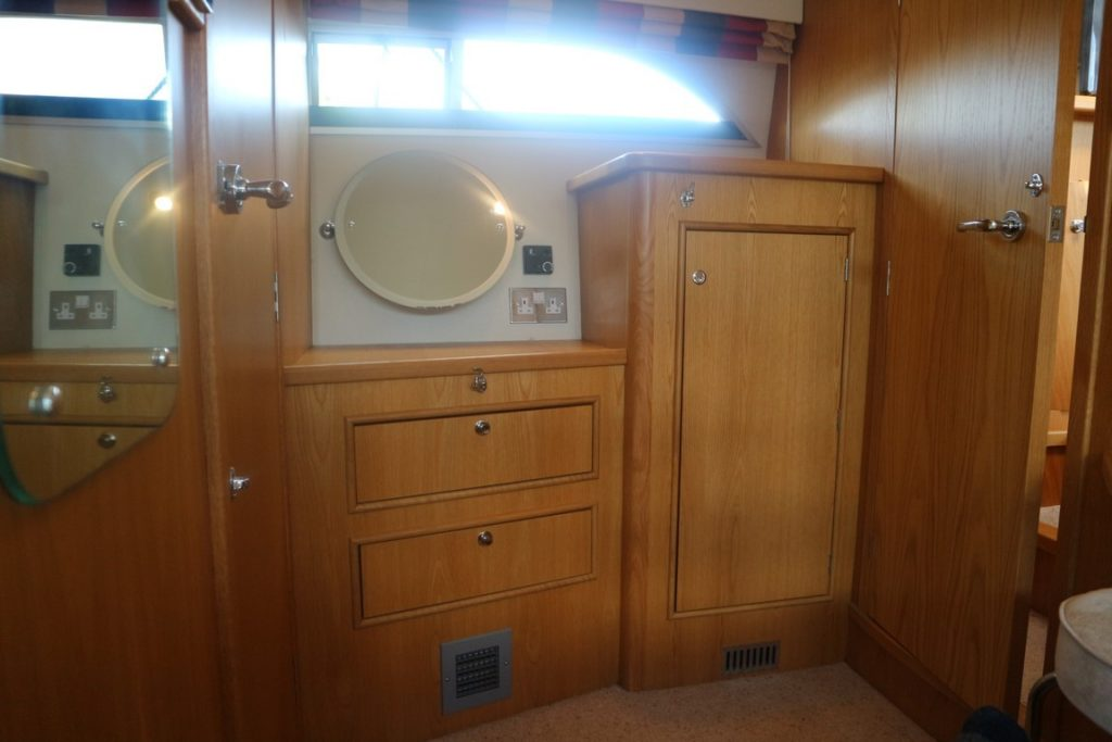 Haines 320 For Sale Image 18