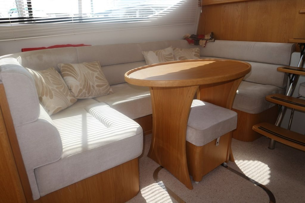 Haines 320 For Sale Image 19