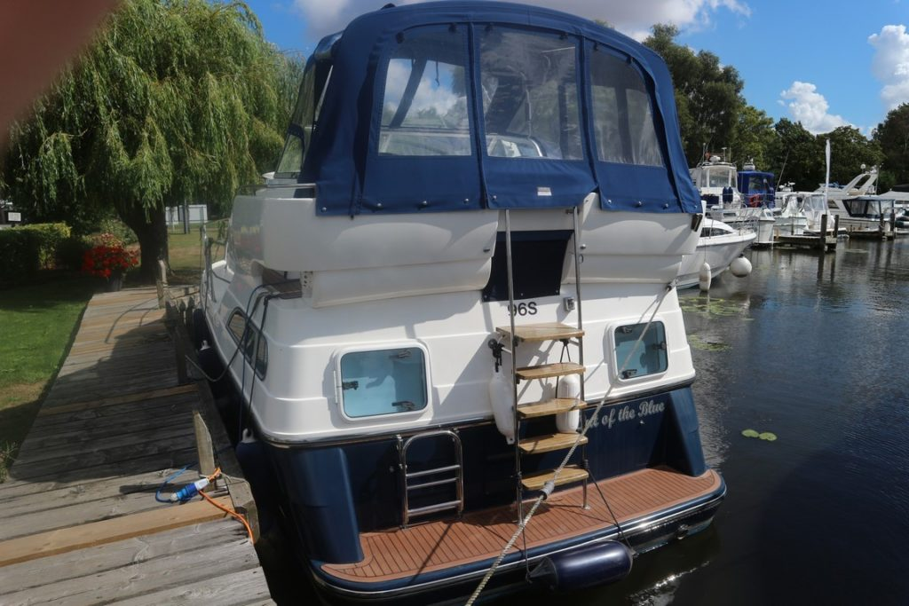 Haines 320 For Sale Image 24