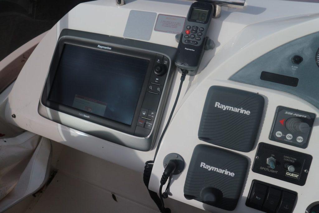 Fairline Phantom 40 For Sale Image 10