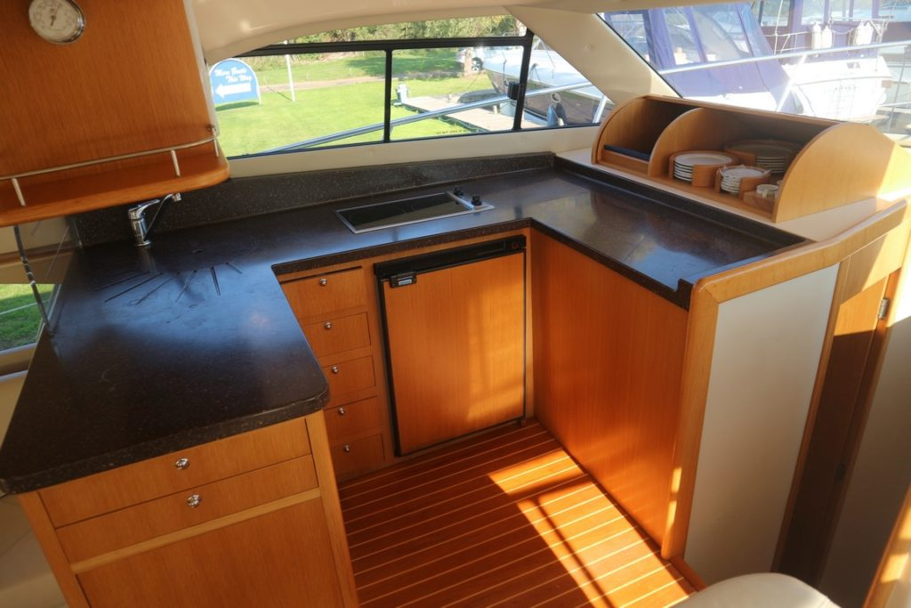 Rodman 41 For Sale Image 14