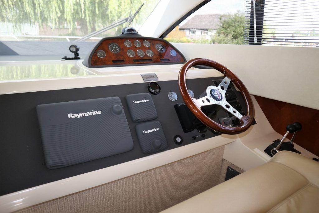 Fairline Phantom 40 For Sale Image 26