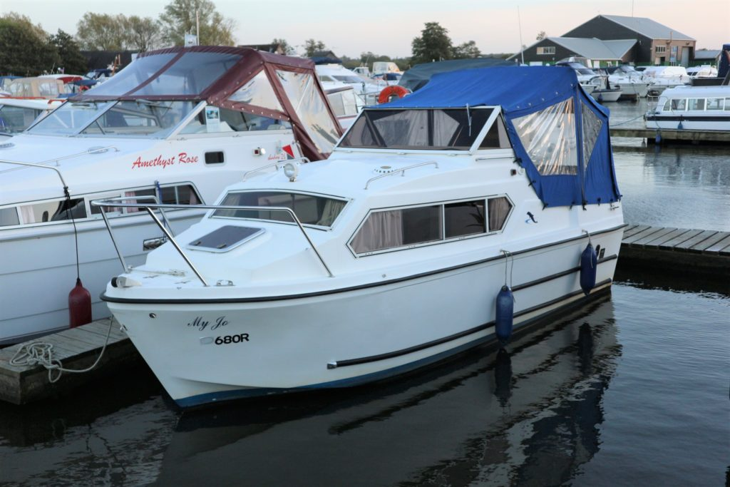 Dolphin 21 For Sale Image 1