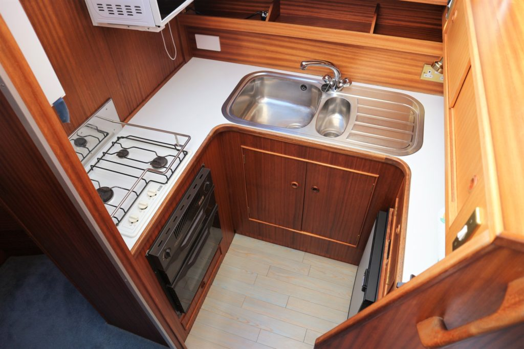 Broom Ocean 31 For Sale Image 4