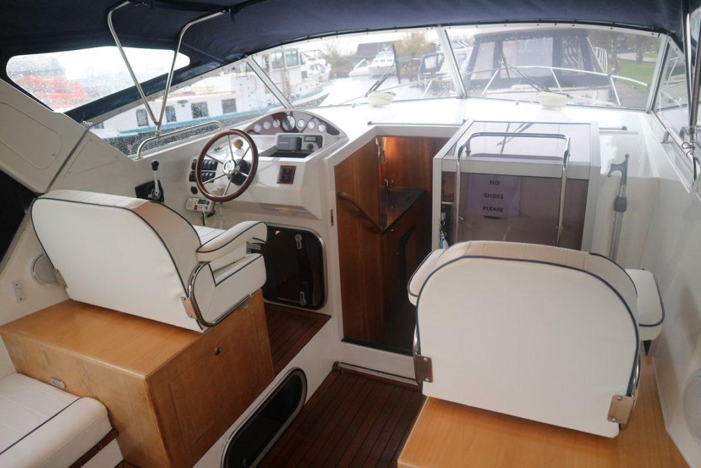 Sheerline 950 Aft Cockpit For Sale Image 3