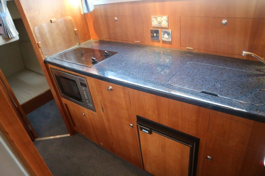 Sheerline 950 Aft Cockpit For Sale Image 9