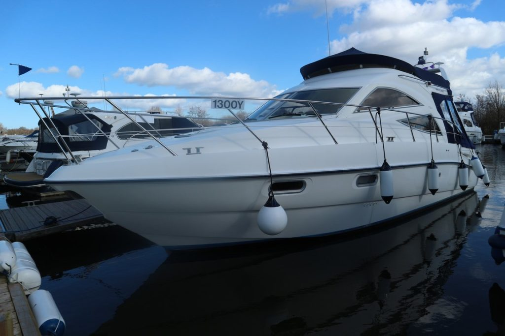 Sealine F34 For Sale Image 1