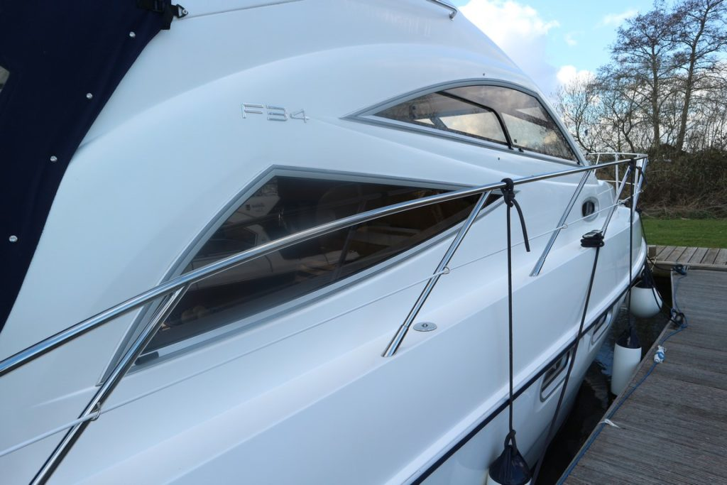 Sealine F34 For Sale Image 16