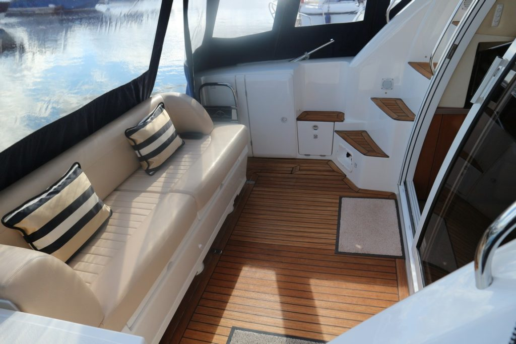 Sealine F34 For Sale Image 8