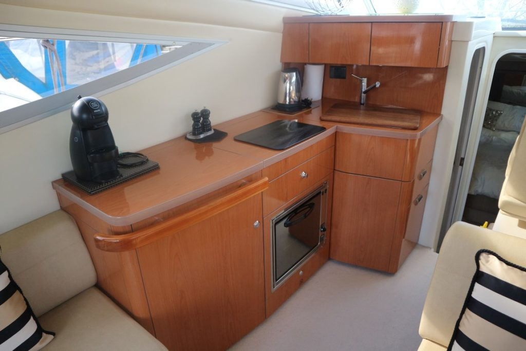 Sealine F34 For Sale Image 5