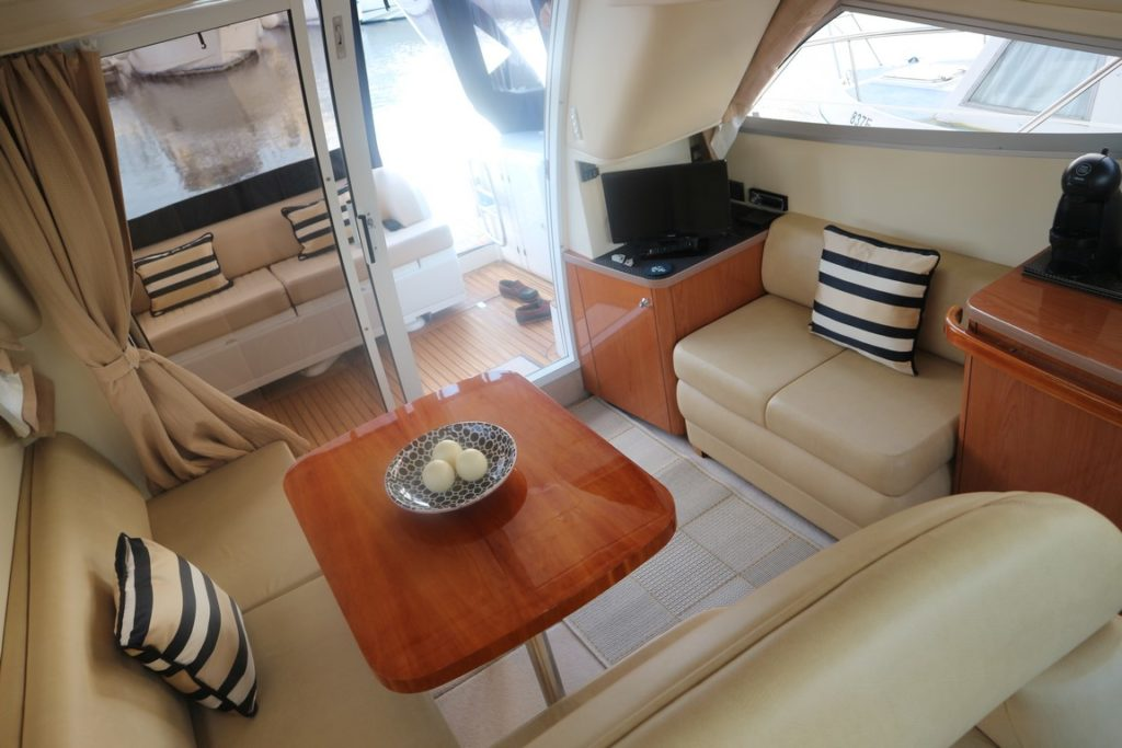 Sealine F34 For Sale Image 3