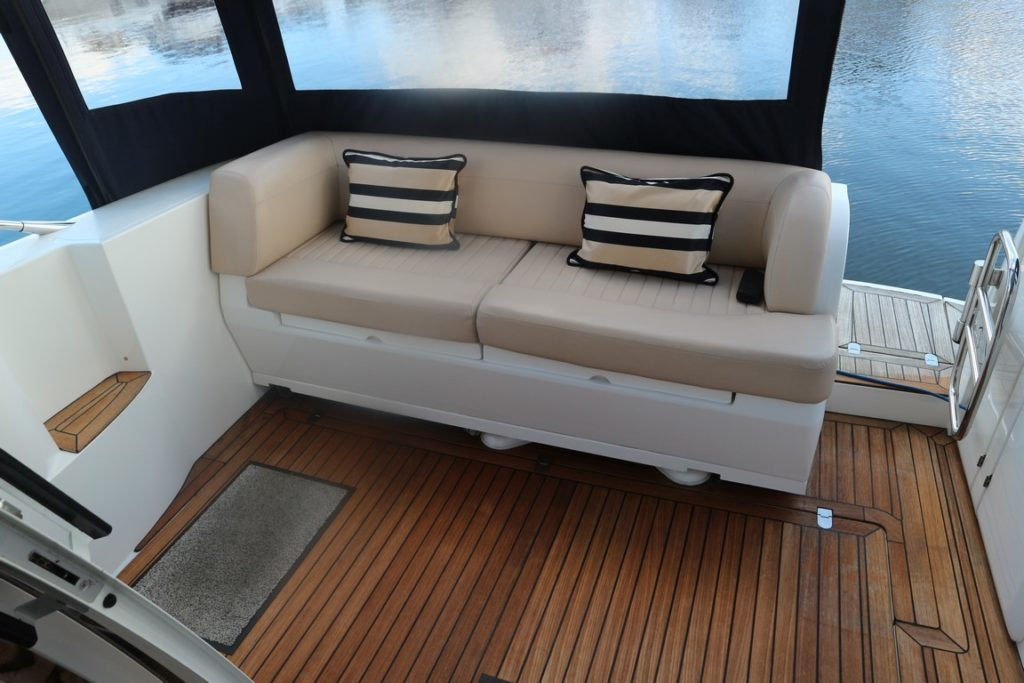 Sealine F34 For Sale Image 4