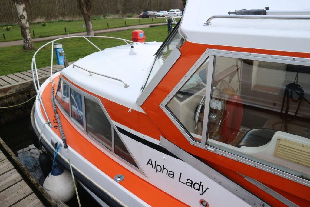 Alpha 42 For Sale Image 16