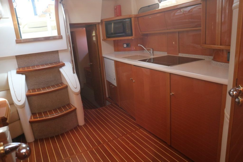Sealine S43 For Sale Image 17