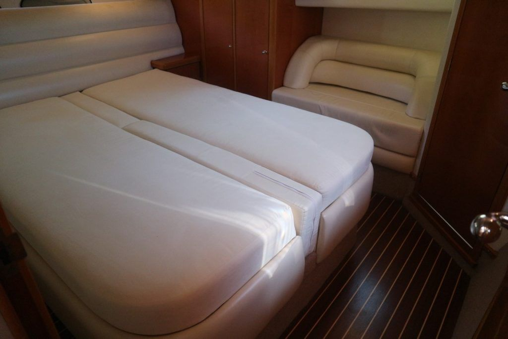 Sealine S43 For Sale Image 11