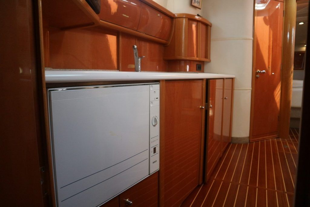 Sealine S43 For Sale Image 18
