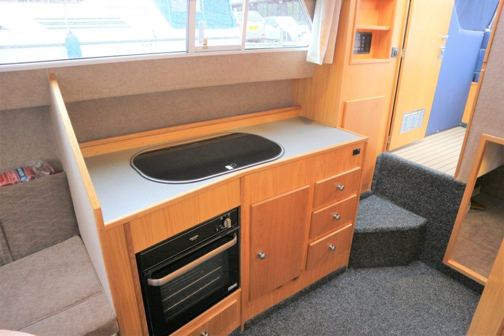 Viking 255 Wide Beam For Sale Image 5