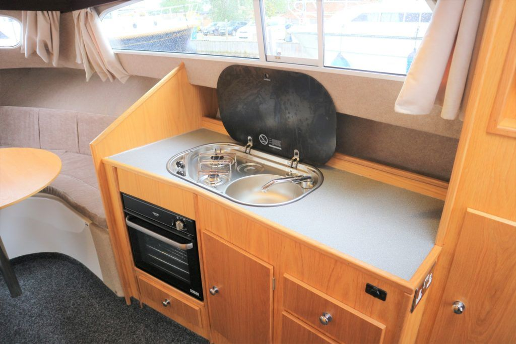 Viking 255 Wide Beam For Sale Image 10
